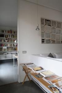 L'appartamento di un'artista a Milano [ Ph. Matteo Cirenei ]