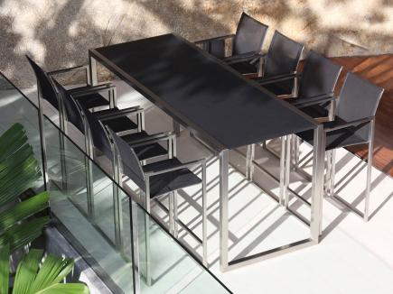 Tavolo alto da bar NNX240H e sgabelli NNX43T