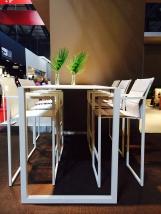 NINIX sgabelli e tavoli da bar
