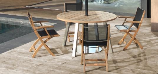 Nuovo prodotto 2015 all'interno di una collezione pre-esistente: XQI sedia pieghevole