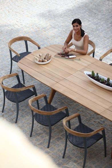sedia Jive 55 + tavolo allungabile Zidiz 320